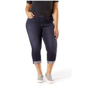 Levi's signature plus size modern Cuff Capri Jeans